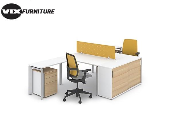 VixNV10 staff desk